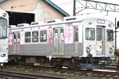 桜ミクラッピング電車