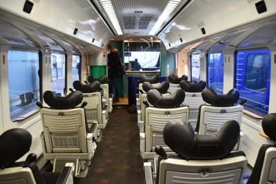 883系 半室構造のグリーン車