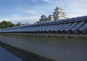 姫路城 西の丸から見る雪の天守群