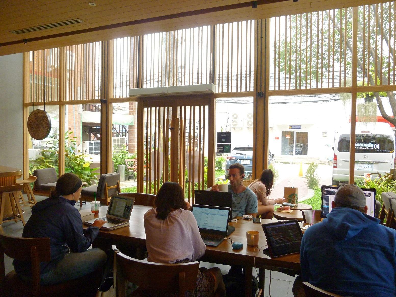 チェンマイのニマンヘミンにある人気ノマドカフェ・スポット!おすすめのスタバ3