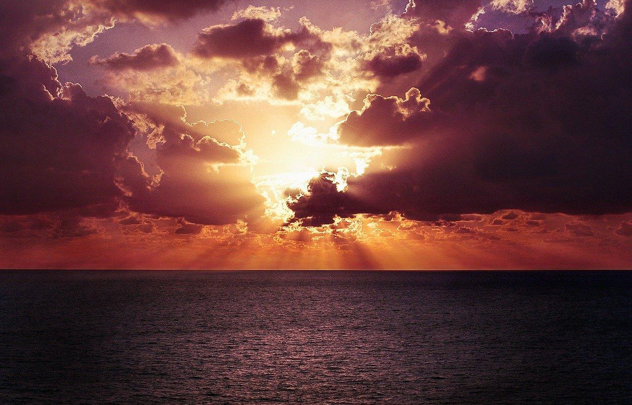 sunset-768759_1280.jpg