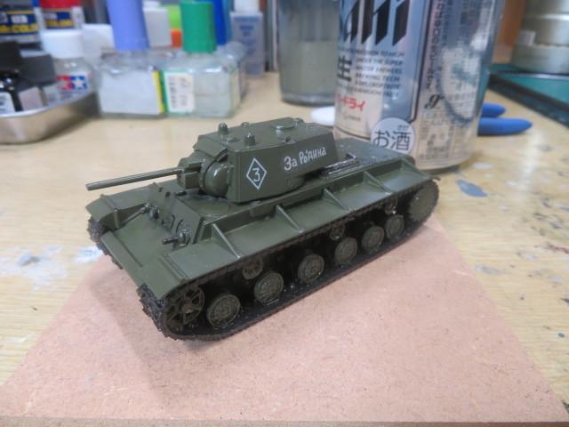 1/76 KV-1A の3