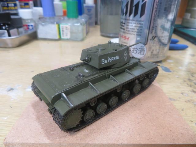 1/76 KV-1A の4