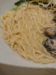 むぎくらべ【八】 ~寿製麺 よしかわ【四】「牡蠣の味噌らーめん」~-7