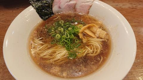 静流(醤油拉麺)
