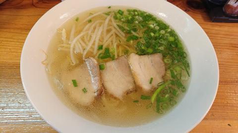 みか(醤油ラーメン)
