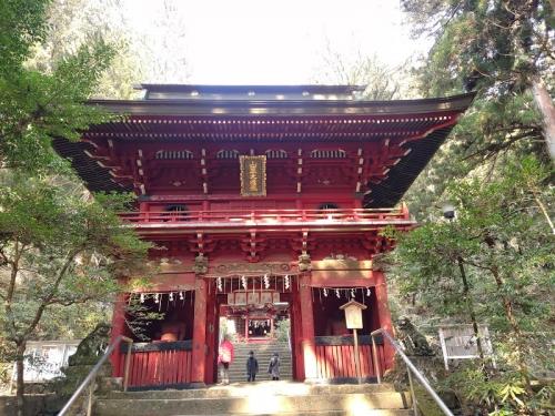 花園神社の「楼門」