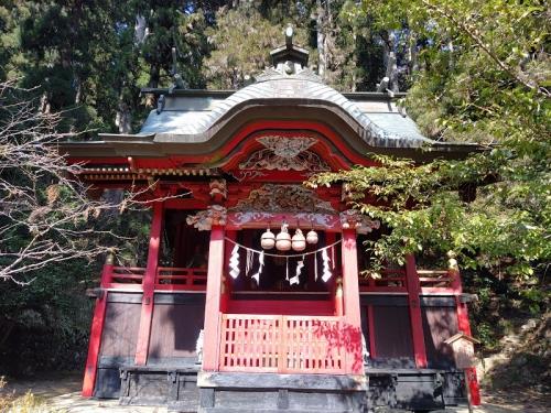 花園神社の「本殿」