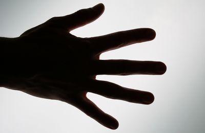 fingers-1239320_1920.jpg