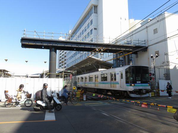 改良工事が進む奥沢駅