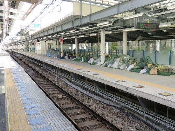 各種設備もほぼ完成した今月15日の千駄ヶ谷駅新ホーム