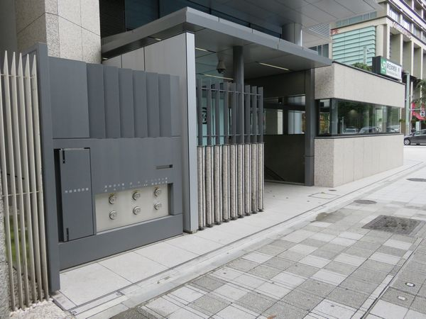 OVOL日本橋ビル前に再建された出口3
