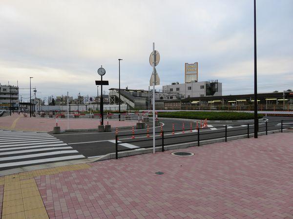 2015年5月1日より暫定供用となった愛宕駅東口駅前広場。