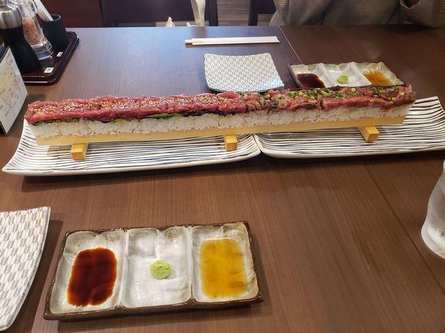 s牛毘亭で米沢牛押し寿司 (3)