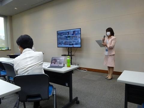 1「タブレット端末操作研修会」① (2)