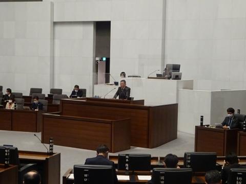 令和2年12月2日「戸井田 和之一般質問」県政壇上へ登壇②
