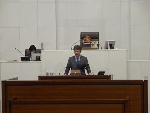 令和2年12月2日「戸井田 和之一般質問」県政壇上へ登壇③