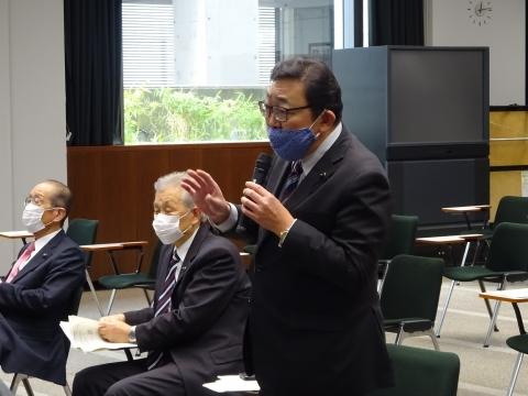 「情報委員会&政務調査会に出席しました。」④