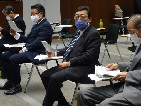 「政務調査会コロナ感染症・新規条例について」④
