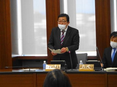 「委員長就任後、初の総務企画委員会」①
