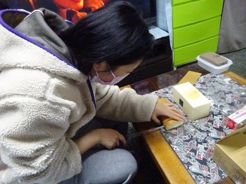 「KAITUKA焼き芋&ロールケーキ」③