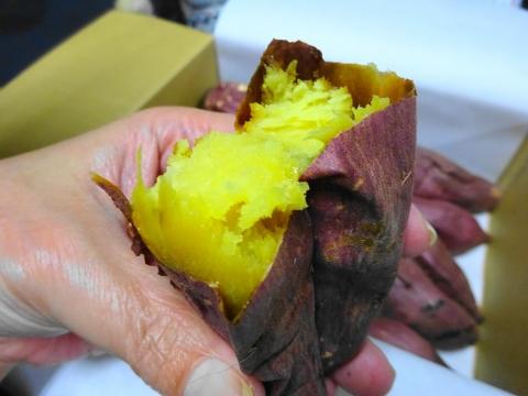 「KAITUKA焼き芋&ロールケーキ」⑪