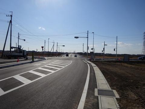 「県道飯岡石岡線、北根本交差点が改良され信号機が付きました!」 (7)