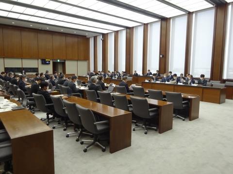 「予算特別委員会」1日目①