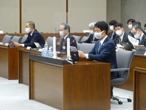 「予算特別委員会」1日目④
