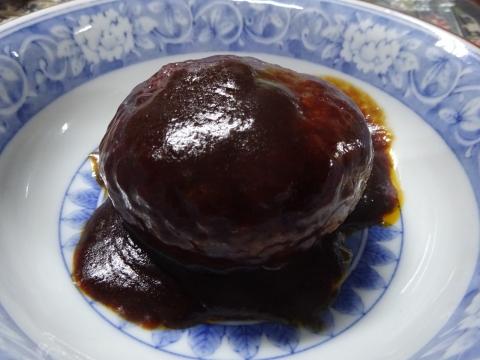 「お母さん食堂プレミアム じゅわっと肉汁‼鉄板焼きハンバーグ&サトウのごはん銀シャリ」⑤