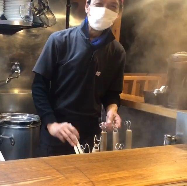 豚そば鶏つけそば専門店上海麺館 安全対策2