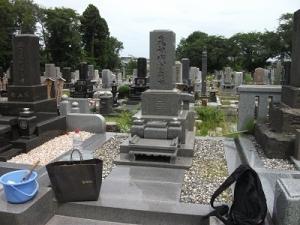 200808お墓前
