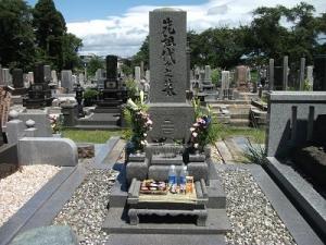 200812トニー家代々の墓
