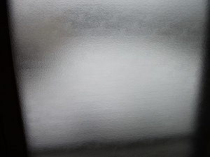 210409窓は白い