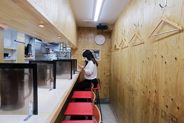 200717-01にんにく肉うどんまし屋-006-S