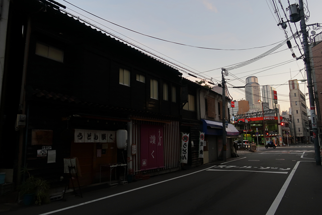 201210-うどん讃く-002-S