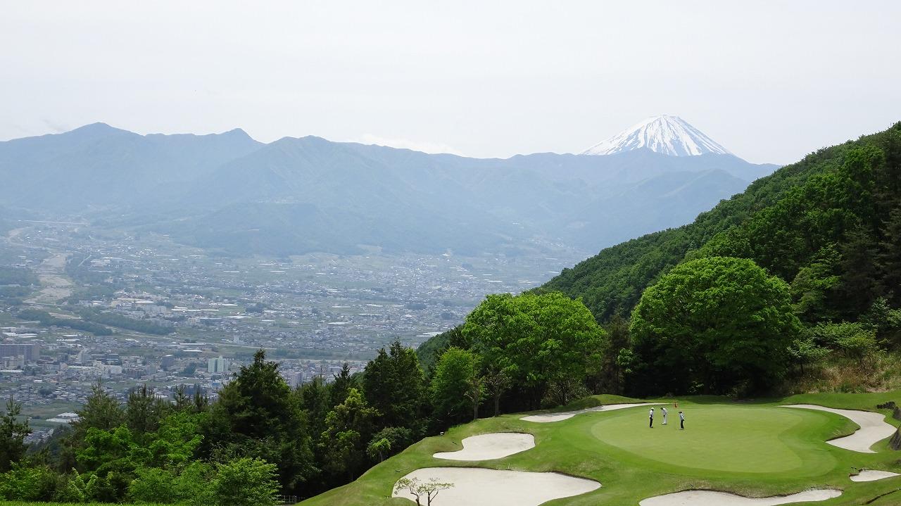 春日居ゴルフ倶楽部 (2020年5月)