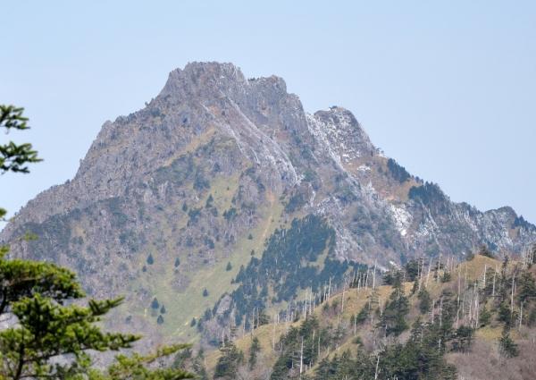 1岩黒山200403