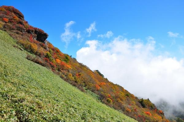 8ちち山201011